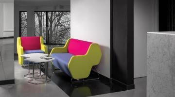 Modulaire zitbank Hexa telefoonstoel, phone chair, ongestoord bellen, stilteplek, rustplek en onafgeleid telefoneren