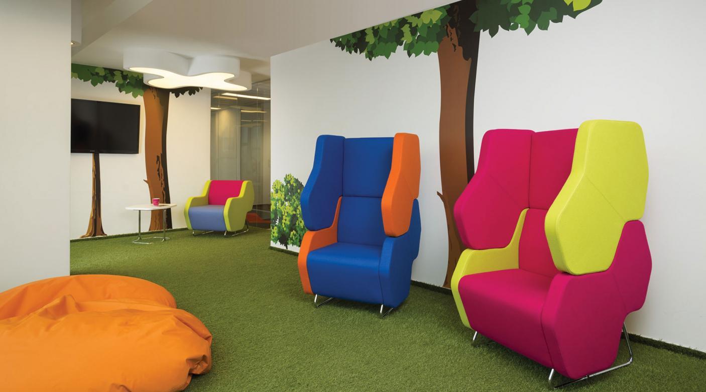 Modulair zitmeubel Hexa telefoonstoel, phone chair, ongestoord bellen, stilteplek, rustplek en onafgeleid telefoneren
