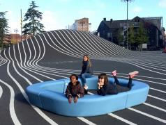 Outdoor buitenmeubel schoolplein