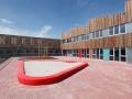 Outdoor zitmeubel schoolplein zandbak