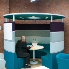 Hive Lounge bank